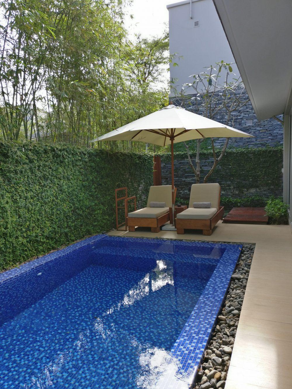 Naman Retreat Pool Da Nang