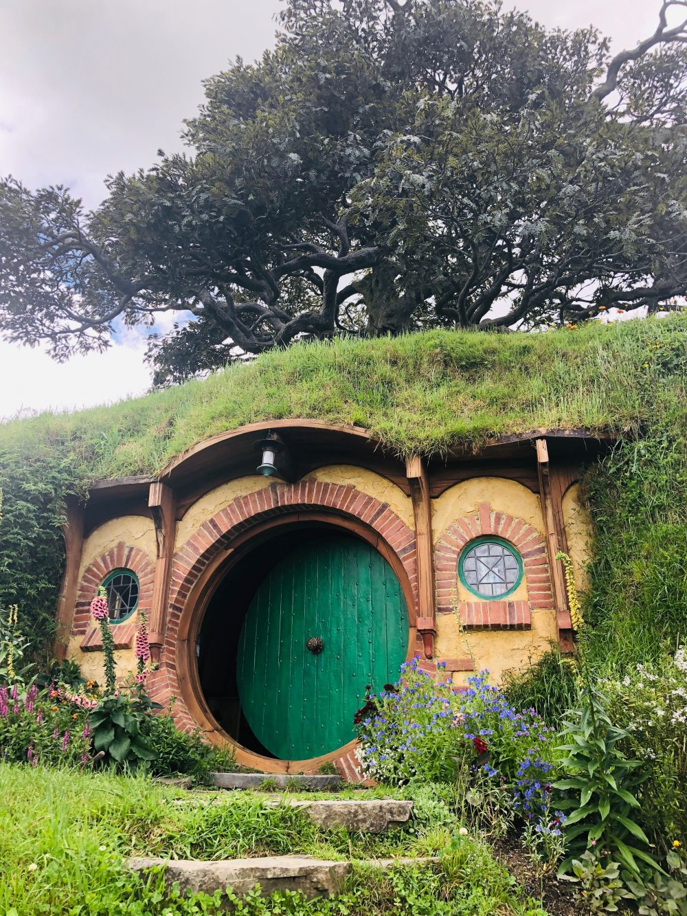 Hobbiton Middle Earth New Zealand NZ 2
