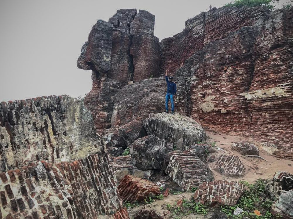 Alamparai Fort Outer Walls