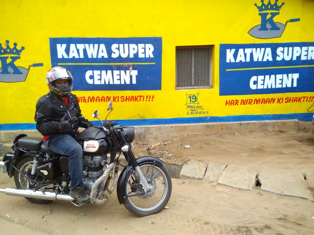 Royal Enfield Classic 350 Fully Geared Up And Ready To Ride